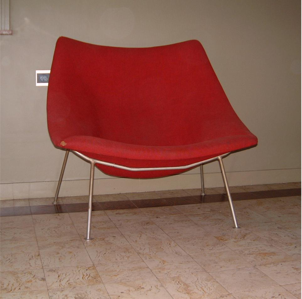 157 oyster chair by pierre paulin